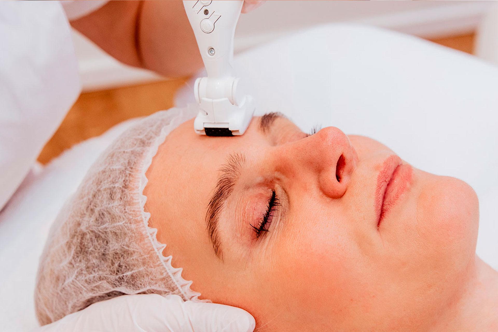 Icoone gezicht behandeling | BLOY Institute Amsterdam